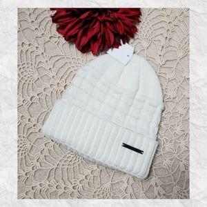 Sean John Hat Winter White Knit.                11
